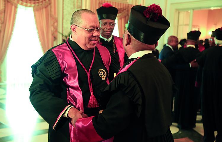 PGR lança programa de combate à corrupção