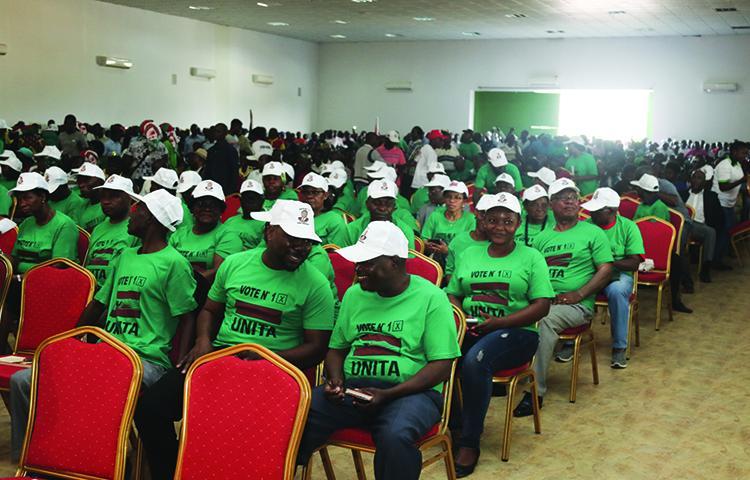 Comissários da Unita sem salários