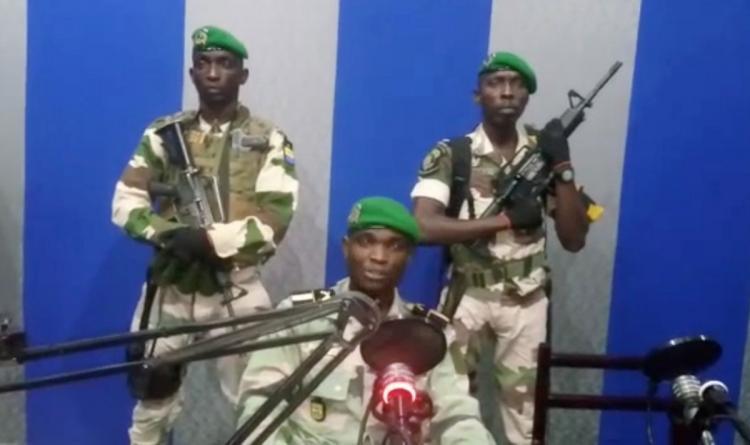 Militares anunciam golpe de Estado