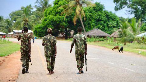 Ataque de grupo armado causa três mortos e um ferido