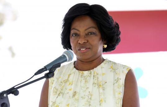 Primeira-dama participa em reunião de mulheres líderes
