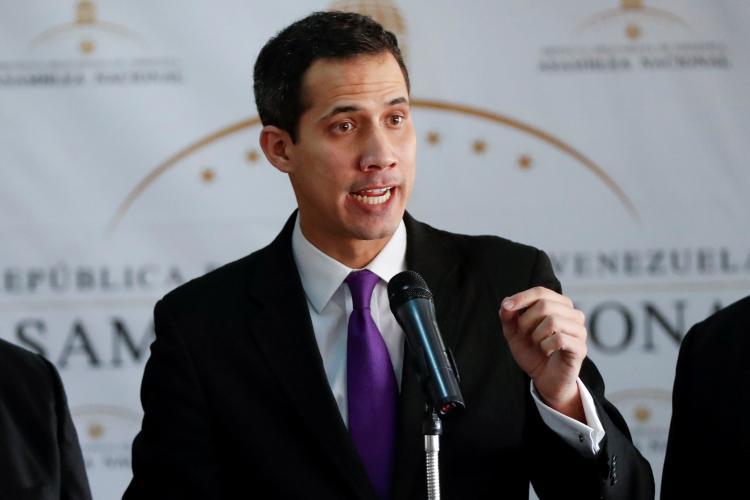 Japão declara apoio a Juan Guaidó