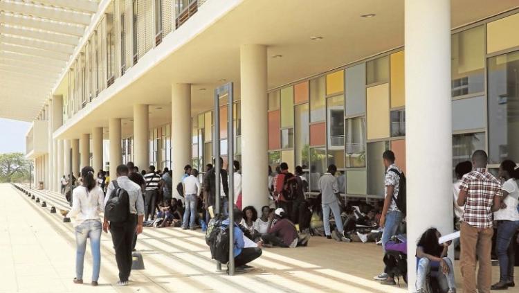 Ensino universitário em Angola deixa de ser gratuito
