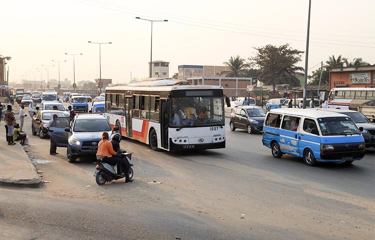 Luanda abre-se a novas operadoras