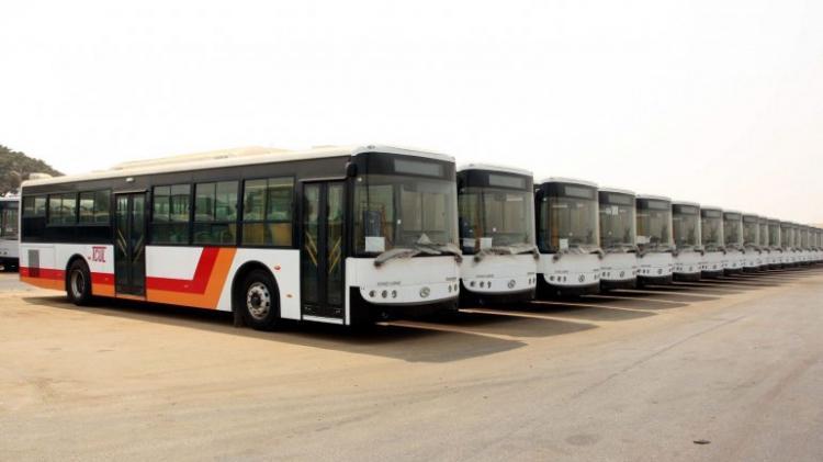 Autocarros em Luanda vão ter 'bilhetes electrónicos'