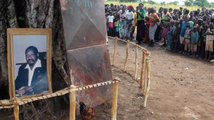 Exéquias de Jonas Savimbi adiadas