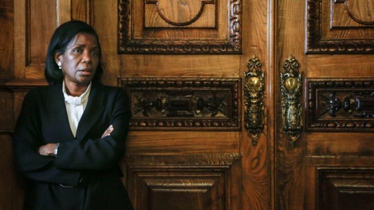 Ministra da Justiça de Portugal visita Angola