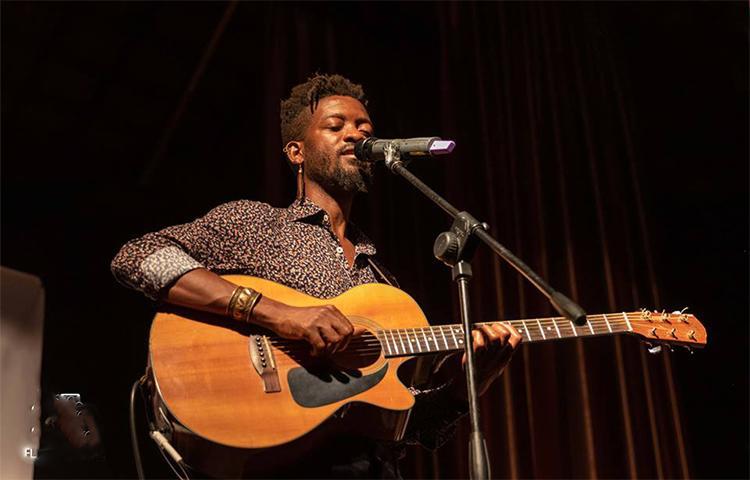 Entre Sons e Palavras apresenta-se em Luanda