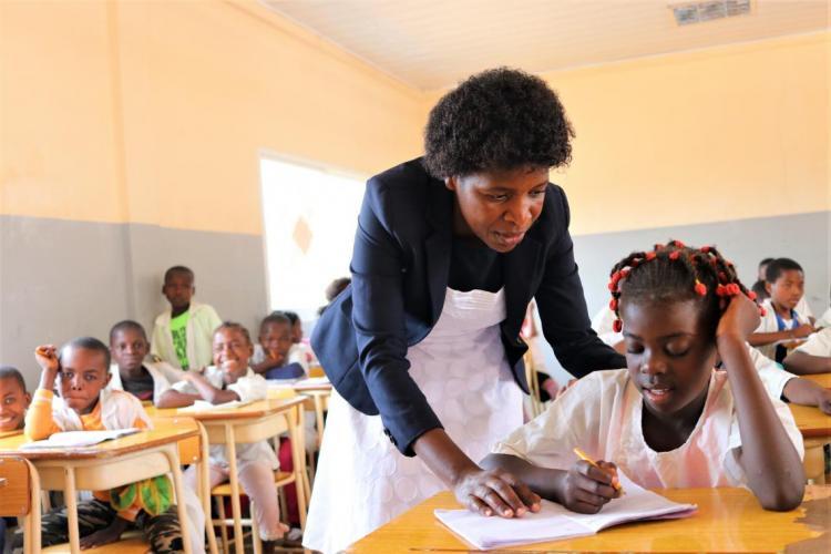 Mais de 17 mil professores recebem formação