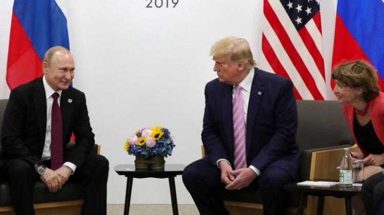Putin convida Trump para visitar a Rússia