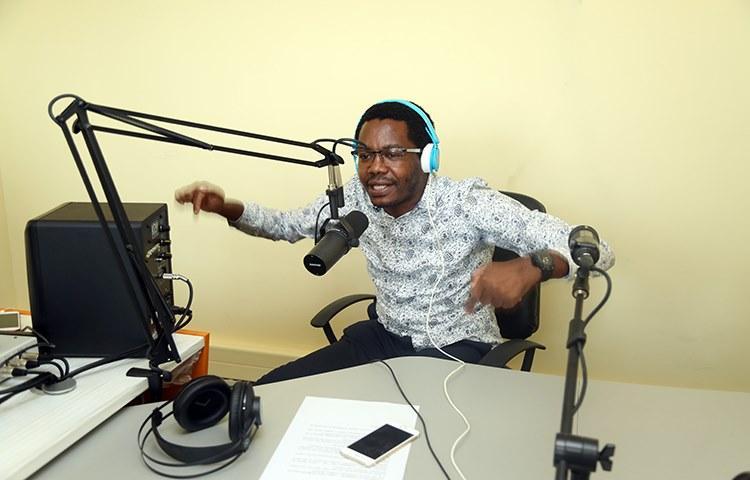 Rádio 'Essencial' estreia primeiro programa
