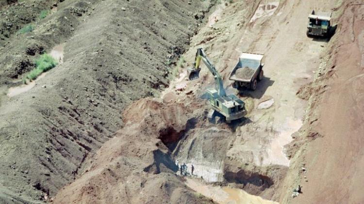 Desabamento em mina de diamantes faz pelo menos 9 mortos