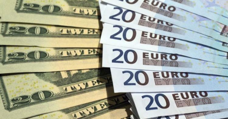 Polícia trava saída de avultadas somas em moeda estrangeira