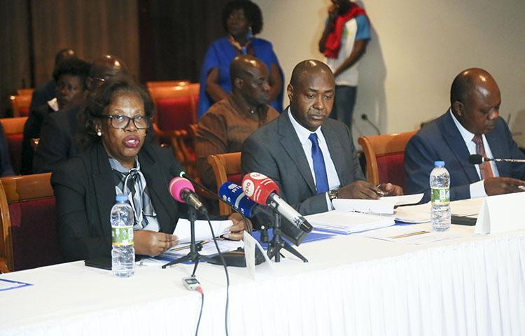 Ainda é cedo para o Acordo Ortográfico em Angola