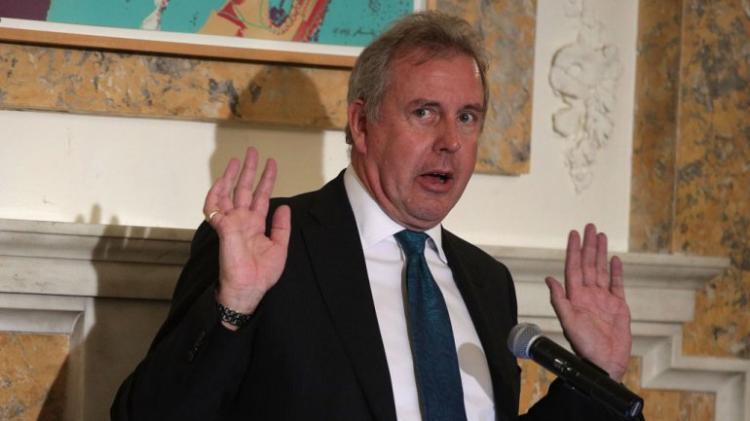 Embaixador britânico nos EUA demite-se