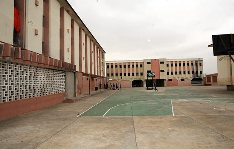 Mais de 800 estrangeiros nas cadeias de Angola