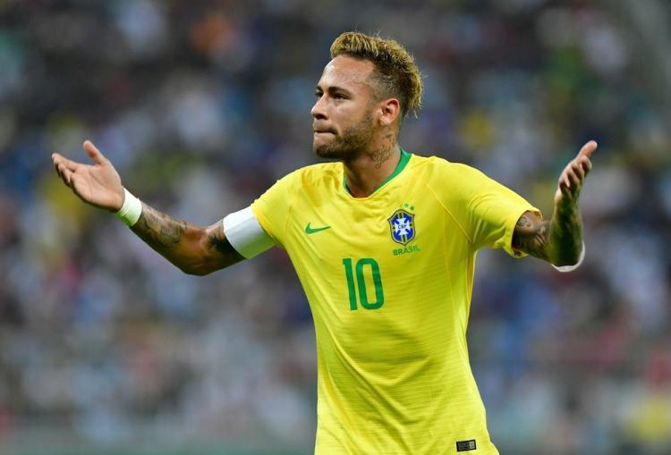 """Neymar diz estar """"quase"""" recuperado"""