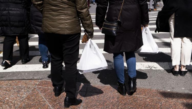 Nova Zelândia proíbe uso de sacos de plástico