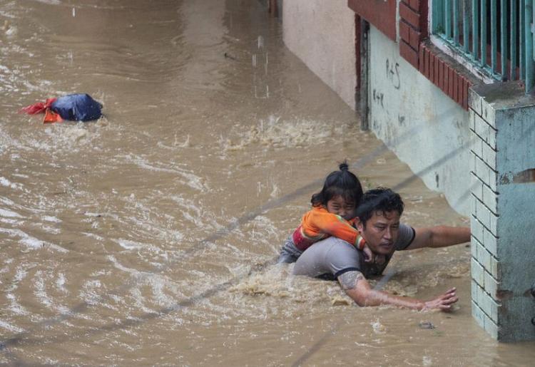 Número de mortos em monções no sul da Ásia sobe para 200