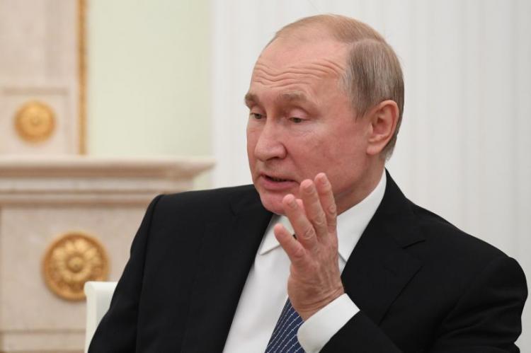 Putin felicita Von der Leyen