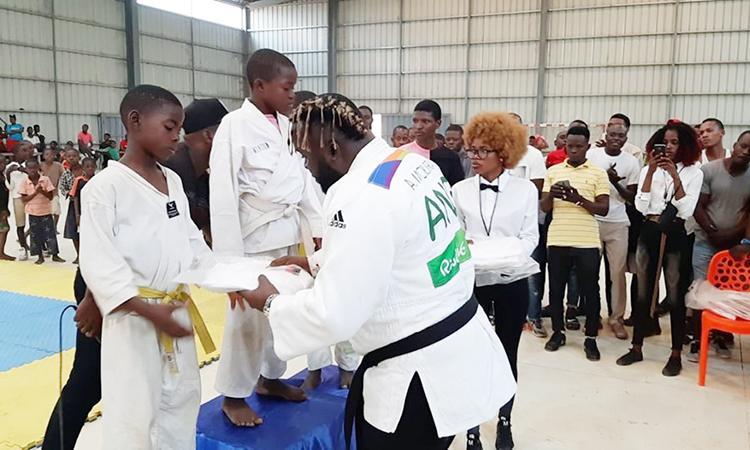 Sambizanga vai ter escolas de judo
