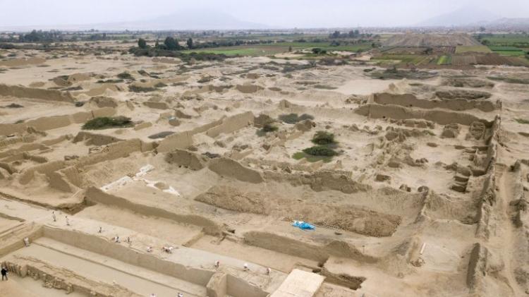 Descobertos ossos de 227 crianças sacrificadas pela civilização Chimú