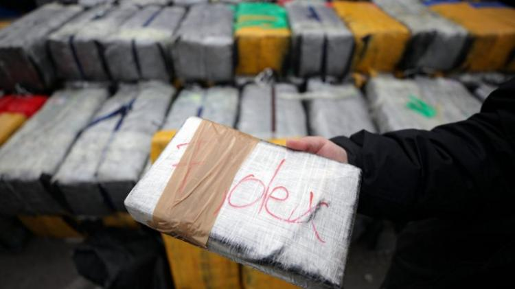 Detidos brasileiros com 2,2 toneladas de cocaína
