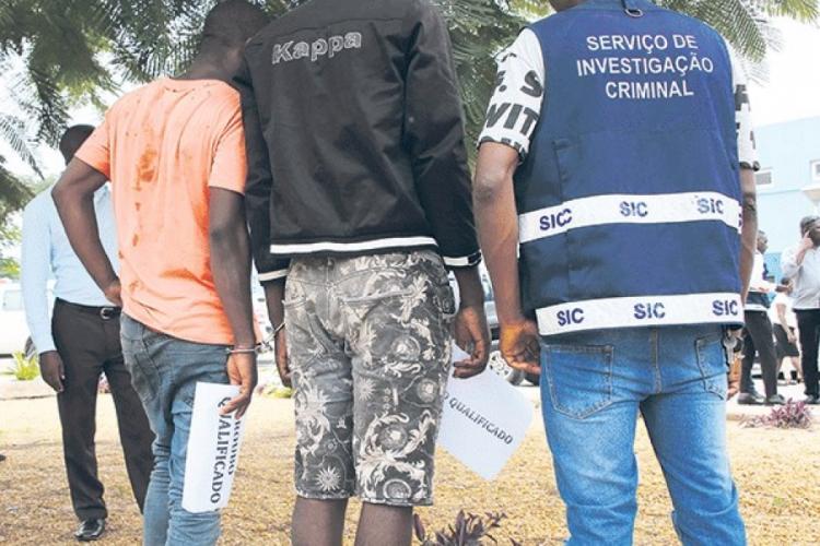 Detidos funcionários por desvio de mais de 1,5 mil milhões