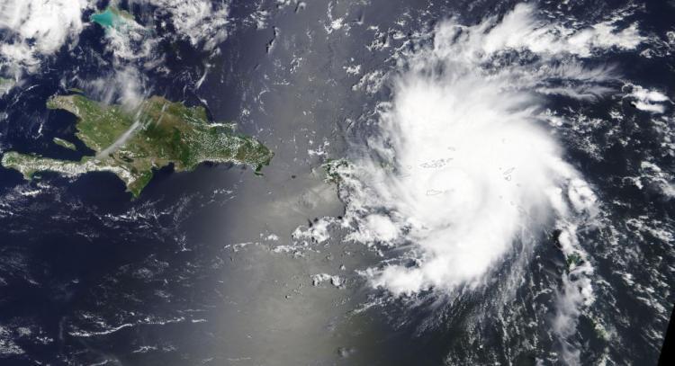 Florida declara estado de emergência
