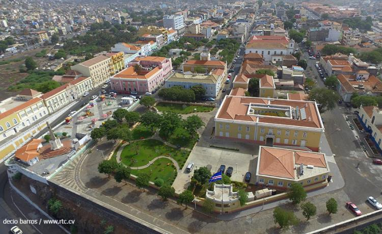 Português impedido de sair de Cabo Verde