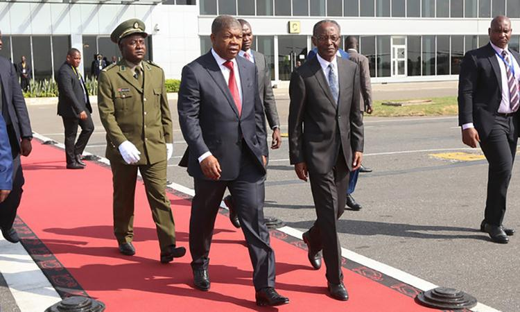 PR viaja hoje para a Tanzânia