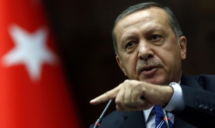 Presidente turco anuncia nova intervenção militar