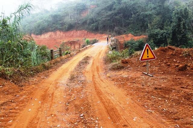 Mais de mil milhões para reabilitação de estradas