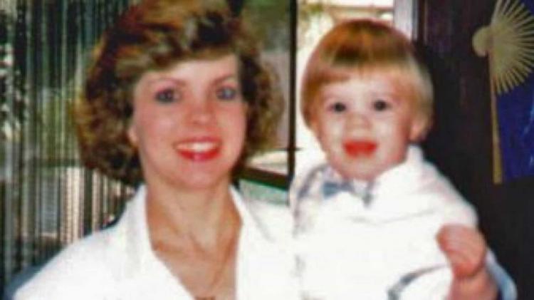 Aos 3 anos, dizia que o pai matou a mãe. Aos 24, descobriu o corpo