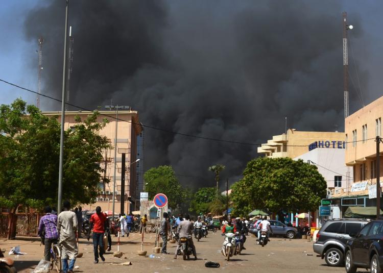 Ataques resultam em nove mortos