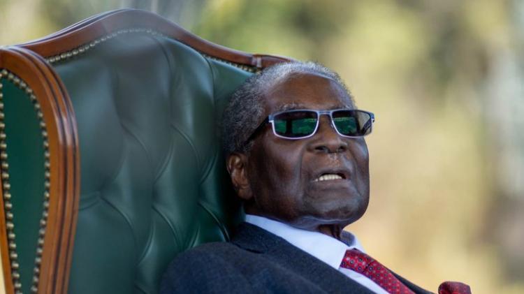Mugabe sepultado em monumento reservado a heróis