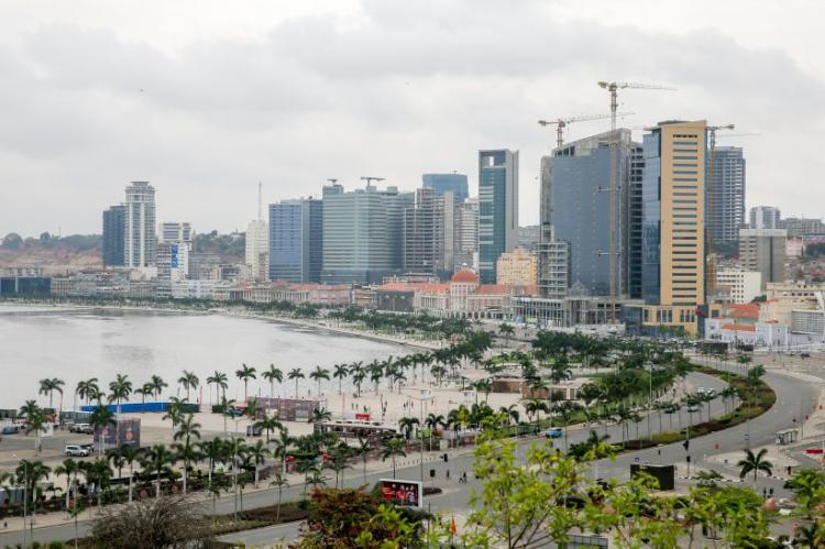 Economist prevê recessão económica de 1,9% em Angola