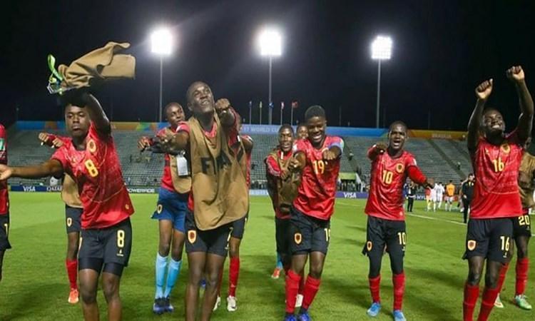 Angola qualifica-se para a próxima fase