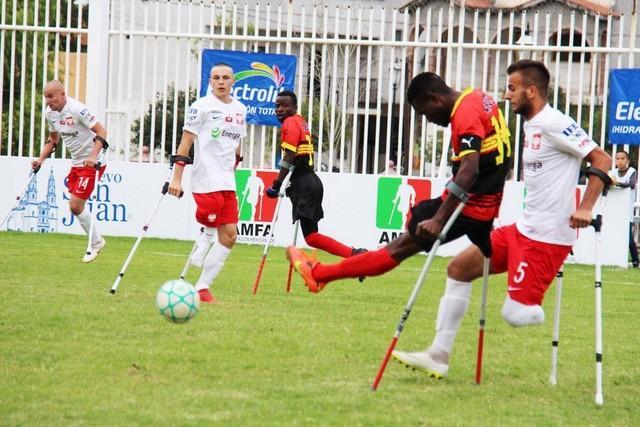 Angola quer futebol com muletas na competição paraolímpica