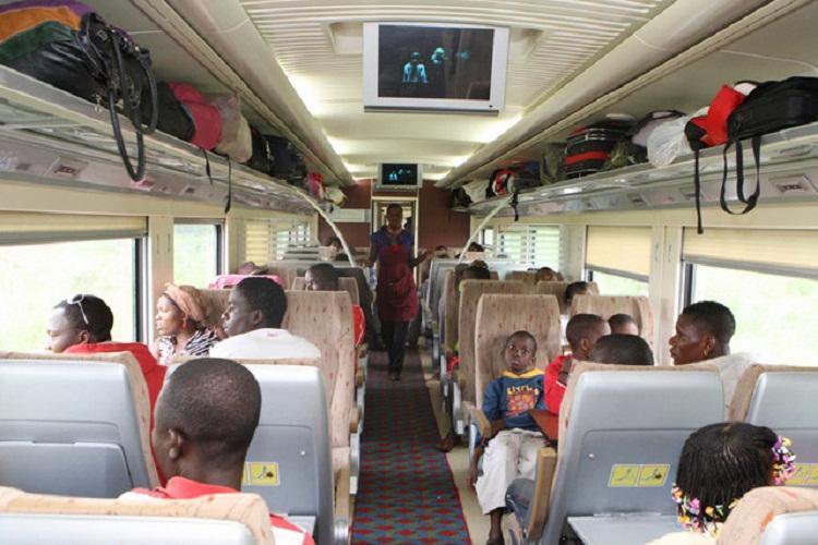 Caminho-de-Ferro de Luanda emite bilhetes electrónicos