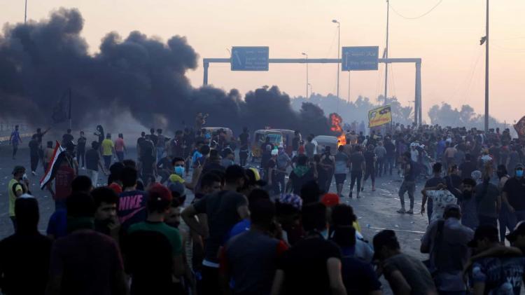 Cinco mortos em protestos no Iraque elevam número de mortes para 239