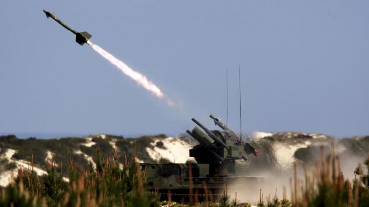 Coreia do Norte disparou dois projécteis