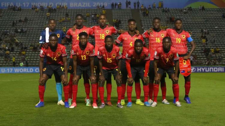 "Futebol/Mundial Sub-17: Angola procura ""oitavos"""