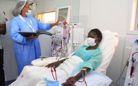 Hospital Geral com serviço de hemodiálise