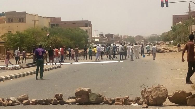 HRW denuncia crimes contra a humanidade em ataques que mataram 120 manifestantes