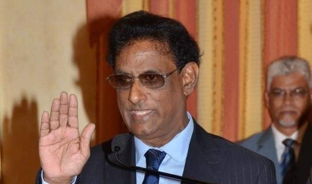 Presidente apresenta demissão