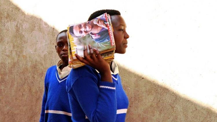 Governo do Ruanda retira IVA dos pensos higiénicos
