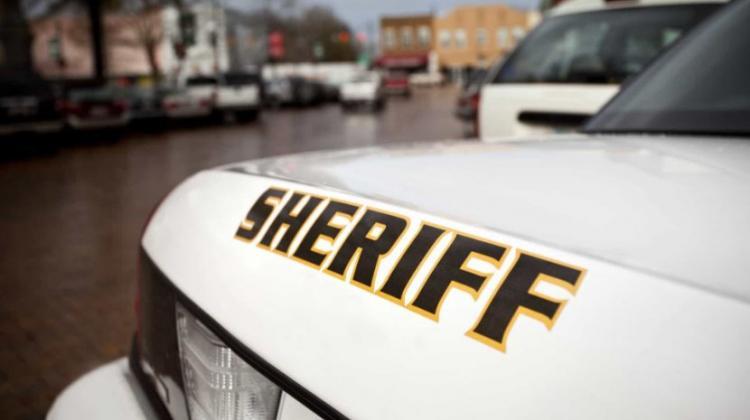 Homem mata a tiro dois fiéis durante missa no Texas