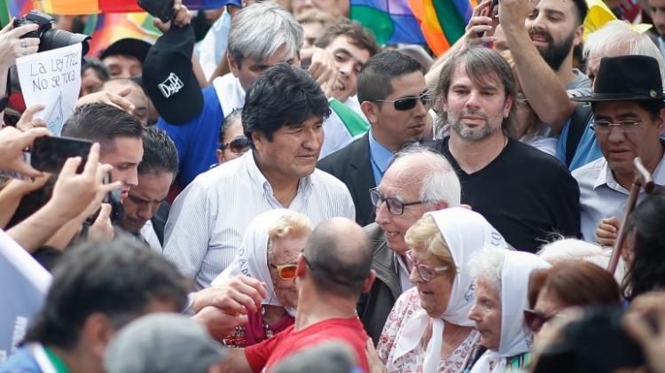 Partido de Evo Morales elege novo candidato