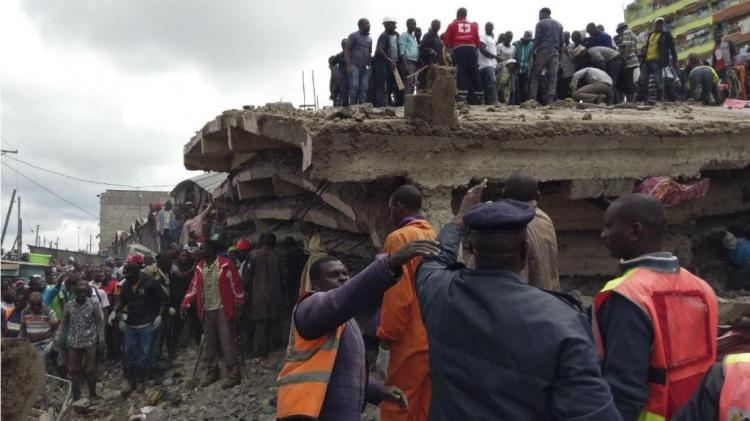 Prédio de seis andares desaba no Quénia